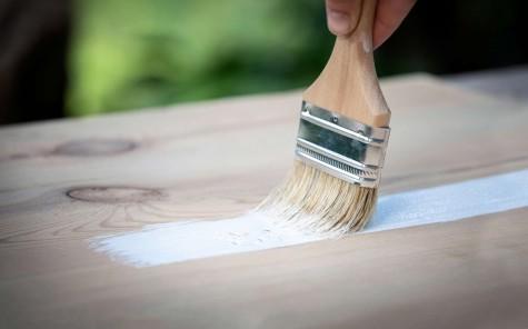 applicazione-fondo-legno-solvente